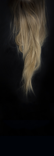 The Hair of an Adult Woman Grows 13cm Per Annum